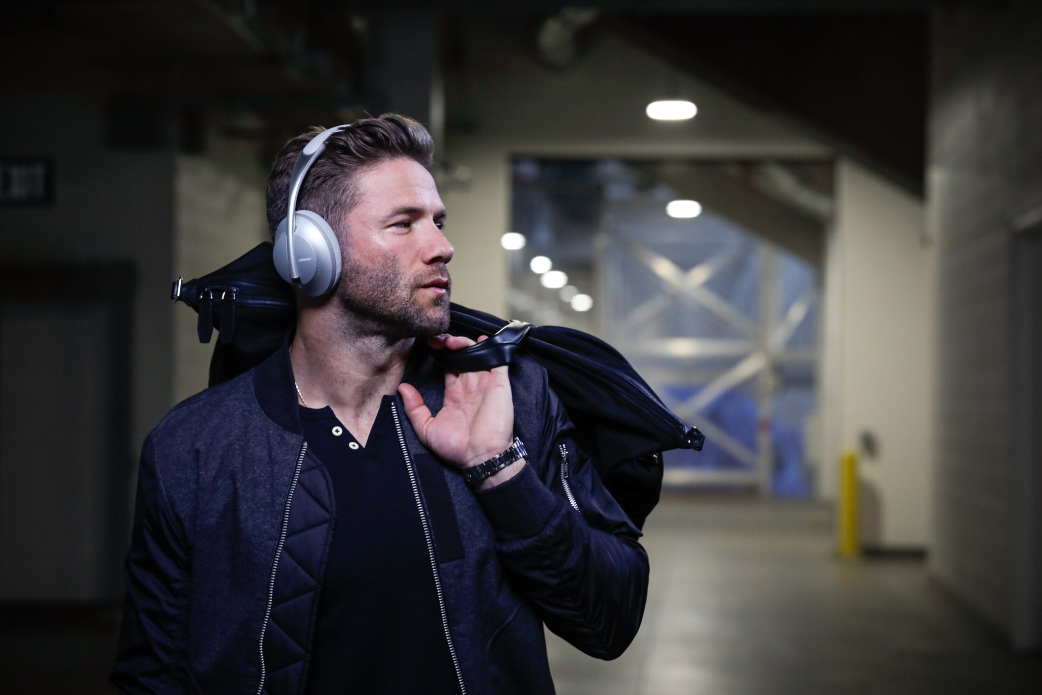 BoseNFL19_LA_JulianEdelman_WalkOn_Goodyear_62345